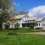 The charming white farmhouse at Kenburn Orchards was built in 1877 by the owners of the Allen Dairy Farm. The house is now Susan and Larry's home as well as the bed and breakfast that they operate.